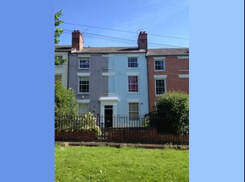 EasyRoommate UK - 4 Bedroom Student House - 10 Minute Walk To City Centre, Hockley - £402 pcm