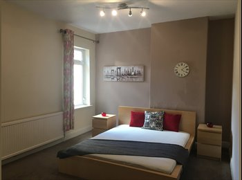 EasyRoommate UK - All Bills Included in this Spacious Well Decorated House Share, Newcastle under Lyme - £375 pcm