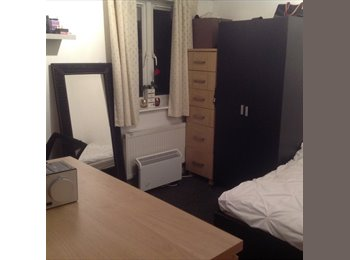 EasyRoommate UK - Double room for rent, Aylesford - £650 pcm