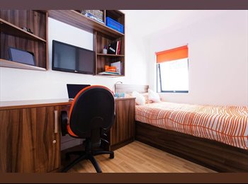EasyRoommate UK - 1 Bedroom Twodio at King Square Studios, Bristol City Centre (STUDENTS ONLY), Kingsdown - £632 pcm