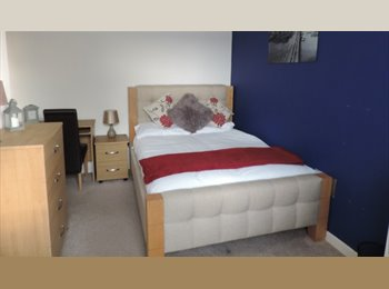 EasyRoommate UK - Spacious and high quality rooms to rent within walking distance to Peterborough city centre, PE3, Peterborough - £475 pcm