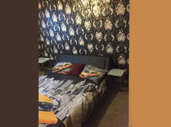 EasyRoommate UK - Double room available with all bills included for a very good price., Salford - £400 pcm