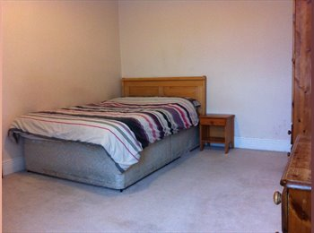 EasyRoommate UK - Hanley near to Bus Station, Hanley - £340 pcm
