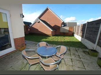 EasyRoommate UK - Double Room to Let in New Build Detached House, Stoneclough - £375 pcm