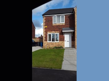 EasyRoommate UK - Mon - Fri or short term house share, Prescot - £360 pcm