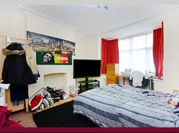 EasyRoommate UK - SHEFFIELD 4 Bedroom Student House - 59 Hunter Hill Road S11 8UD CALL Claypenny - , Banner Cross - £338 pcm