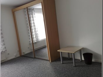 EasyRoommate UK - Available F/furnished Double bed in Milton Keynes, Milton Keynes - £412 pcm