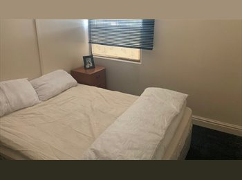 EasyRoommate UK - DOUBLE ROOM AVAILABLE IN WALSALL, Walsall - £280 pcm