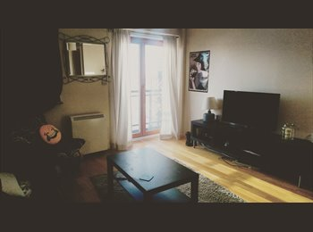 EasyRoommate UK - Easygoing and sociable girl seeks new roomie :), Green Quarter - £450 pcm