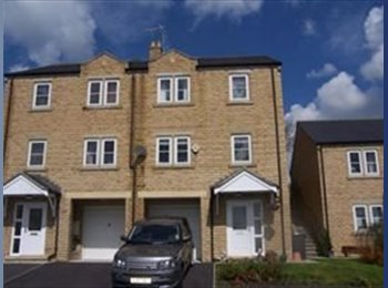 EasyRoommate UK - fab home in great location, Barnoldswick - £300 pcm