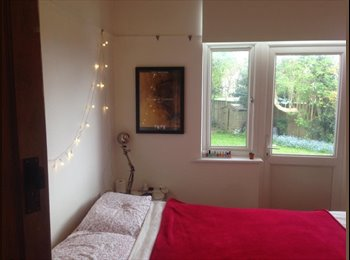 EasyRoommate UK - Short term let in lovely spacious home in St Andrews, Ashley Down - £360 pcm