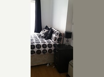 EasyRoommate UK - Good size Double room with Ensuite, Fratton - £400 pcm