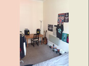 EasyRoommate UK - Bristol City Centre Apartment Room To Rent! , Broadmead - £465 pcm