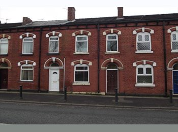 EasyRoommate UK - Fully refurbished house share in an ideal location situated near to Wigan Town Center., Wigan - £368 pcm