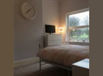 EasyRoommate UK - Bright double room to rent in St Annes, Bristol, Brislington - £475 pcm