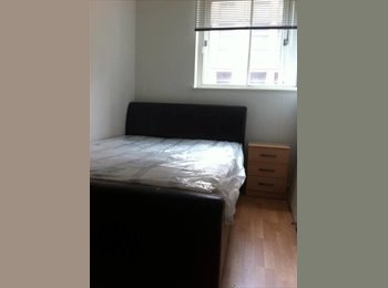 EasyRoommate UK - Room available immediately in Manchester City Centre (M1) apartment on Whitworth Street. £530pcm inc, Manchester - £593 pcm