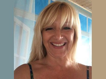 EasyRoommate UK - Gillian - 50 - Blackpool