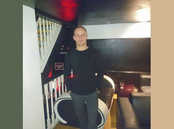 EasyRoommate UK - Marius - 33 - Southport