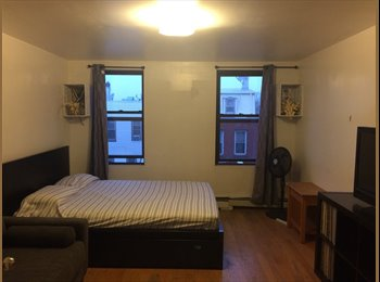 EasyRoommate US - spacious room for rent - private entrance, Bushwick - $1,100 pm