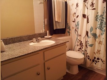 EasyRoommate US - Great location!, Lazybrook/Timbergrove - $800 pm