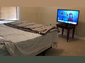 EasyRoommate US - Room For Rent In Quiet Home In Washington Park Area, Hunter Hills - $500 pm
