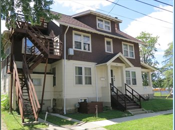 EasyRoommate US - Ann Arbor-Central Campus-Private Bedroom in a 12 Bedroom House from $575/month, Ann Arbor - $575 pm