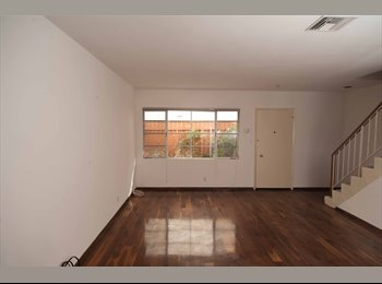 EasyRoommate US - 2 BED 1.5 BATH Available in Santa Monica, CA 90403, Mid-City - $3,000 /mo