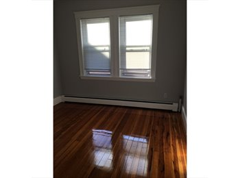 EasyRoommate US - Bright Apartment in Unbeatable Location , Somerville - $1,000 pm