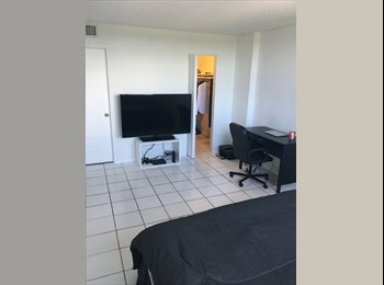 EasyRoommate US - Room to rent with bathroom , Biscayne Park - $800 pm