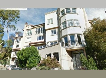 EasyRoommate US - Room available in gorgeous tri-level townhouse, Universal City - $1,775 /mo