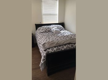 EasyRoommate US - Large Room at Regents on University, Green Acres Park - $753 /mo