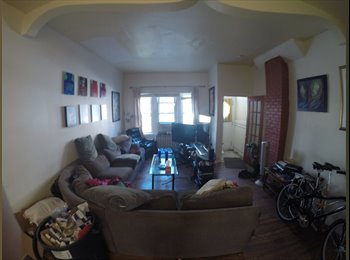 EasyRoommate US - 	Rooms in an awesome South Philly house - May/June 1st - $575, Hawthorne - $575 pm